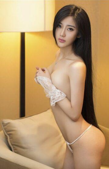 风情耀眼长发美女陶喜乐_lele性感丝袜前凸后翘东欧旅拍写真
